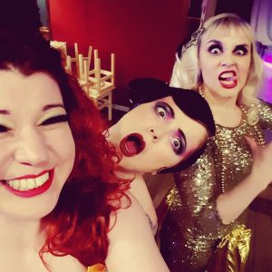 Backstage with Wild Card Kitty, Bombshell Bettie and Markee de Saw.